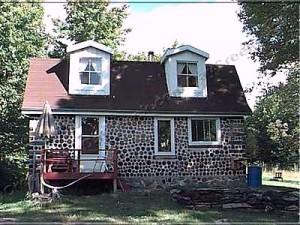 Рис.4. Дом из чурок