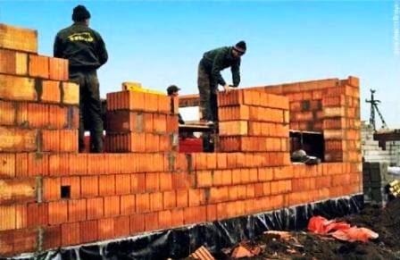 Строительство однослойной наружной стены дома