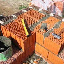 Дом из керамических поризованных крупноформатных блоков