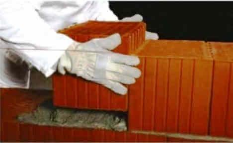 Кладка крупноформатного поризованного керамического блока на теплосберегающий раствор