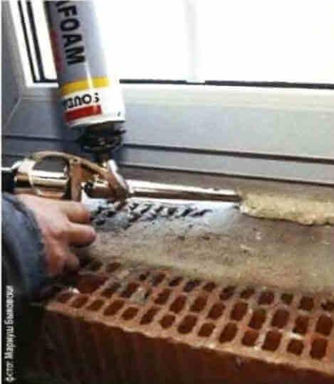 Уплотнение, утепление стыка между окном и стеной монтажной пеной
