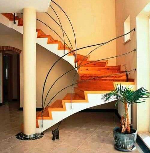 Монолитная бетонная лестница в частном доме своими руками