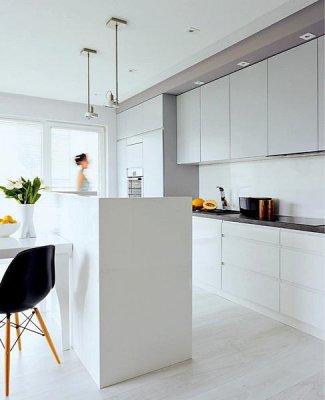 Интерьер открытой кухни студии