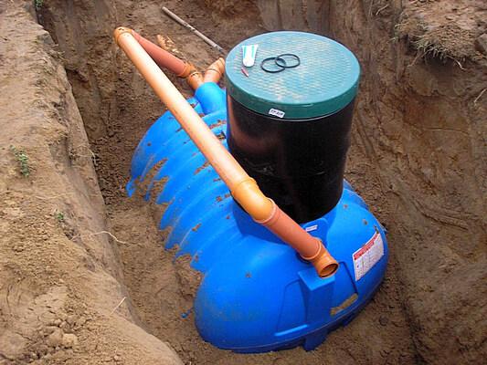 канализация в частном загородном доме своими руками септик из пластика
